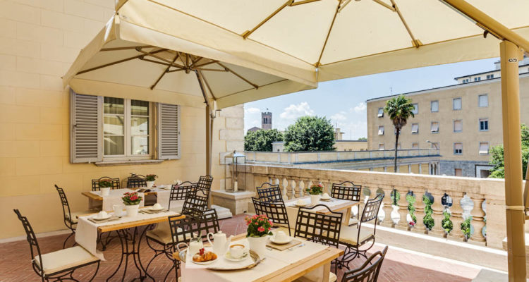 relais-with-terrace